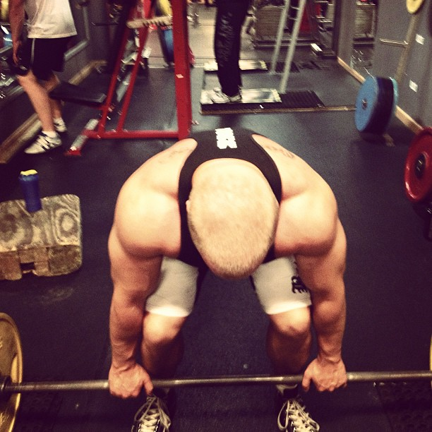 mathias zachau, tränar marklyft, exhale gym
