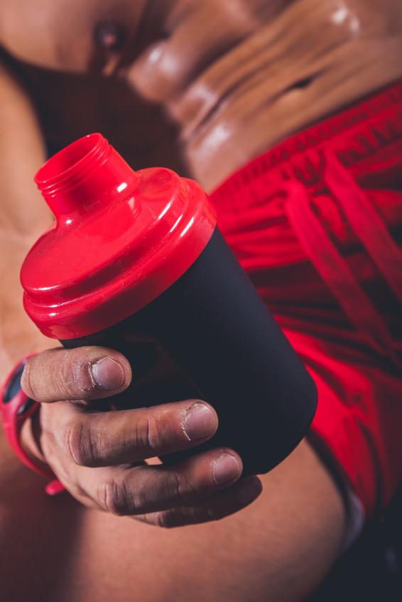 kosttillskott före under och efter för muskelmassa