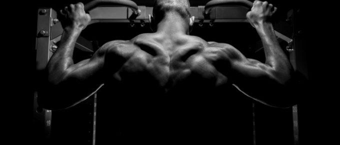 Hur blir man stark i pull-ups och chins? 4 tips som ökar dina reps