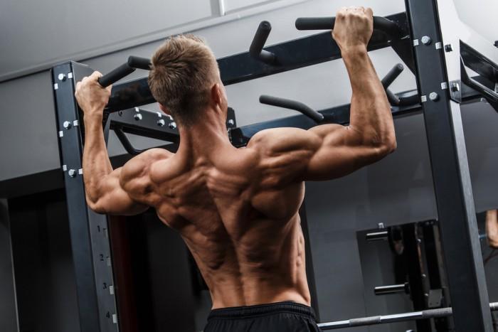 mer styrka pull-ups och chins
