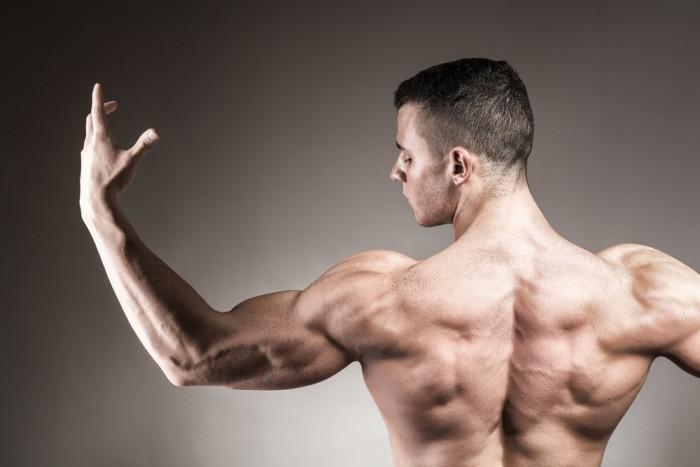 starkare rygg med pullups