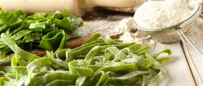 5 recept på bönpasta – som gör mig mätt och belåten, utan att göra mig fet